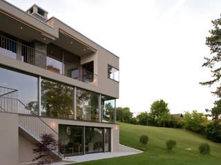 Houses by MACH Architektur GmbH