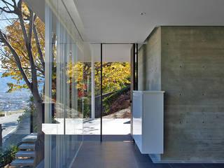グラスハウス#2/愛宕山の家 (Glass House #2): Archiplus Architectural Design Office / ㈱アーキプラス一級建築士事務所が手掛けた家です。