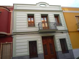 Häuser von Aris & Paco Camús, Modern