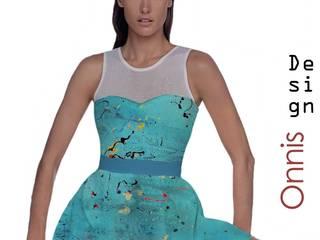 FASHION DESIGN: Negozi & Locali commerciali in stile  di www.massimoonnis.com