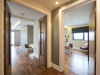 Tudor Court , Golders Green, London Modern Corridor, Hallway and Staircase by Jigsaw Interior Architecture Modern
