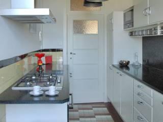 WW*kitchen . Cuisine Cubex Cuisine moderne par WW*studio Moderne