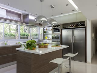 House in Belgrano GUTMAN+LEHRER ARQUITECTAS Modern kitchen