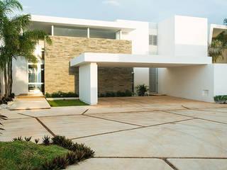 Дома в . Автор – Ancona + Ancona Arquitectos, Модерн