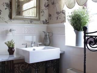 Дом 380 м2: Ванные комнаты в . Автор – Tatiana Ivanova Design