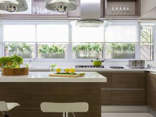 House in Belgrano GUTMAN+LEHRER ARQUITECTAS Modern kitchen