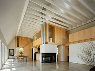 Modern Barn Specht Architects Modern living room