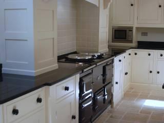 Riverside House Willow Tree Interiors Cocinas de estilo rural