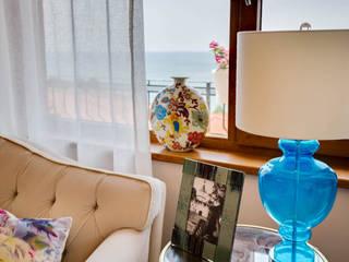 Апартаменты в Болгарии: Гостиная в . Автор – Студия Татьяны Гребневой