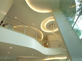 ทันสมัย  โดย Arquiteto Aquiles Nícolas Kílaris, โมเดิร์น