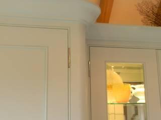 Seaford Willow Tree Interiors Comedores de estilo clásico