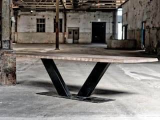 Industriele tafel V poot:   door RestyleXL