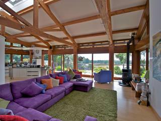 Hillside Farm Salas de estilo moderno de DUA Architecture LLP Moderno