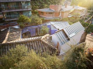 Aziatische huizen van JYA-RCHITECTS Aziatisch