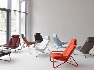 Vik Lounge Chair -for Spectrum-: modern  door studio arian brekveld, Modern
