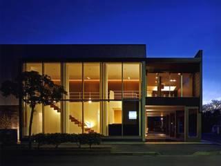 1: ケイデザイン一級建築士事務所が手掛けた家です。