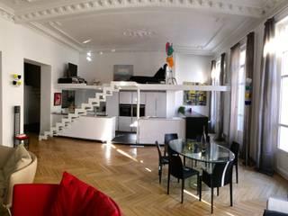 Maison contemporaine Salle à manger moderne par LA BELLE HISTOIRE Moderne