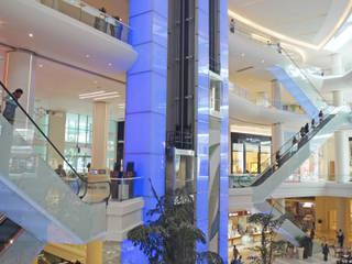 AKASYA AVM Centres commerciaux modernes par ÖZEL PROJE ÇÖZÜMLERİ ÜRETİMİ MİMARLIK SANAYİ VE TİCARET LTD ŞTİ Moderne