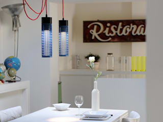 Arredare con luce e creatività: le lampade online Re+. di Re+ Moderno