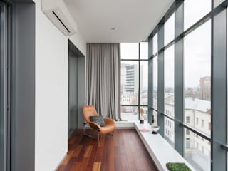 apartment V-21 Minimalist balcony, veranda & terrace by VALENTIROV&PARTNERS Minimalist