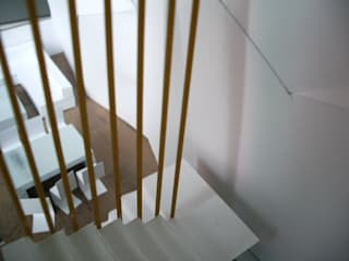 mae arquitectura Modern Corridor, Hallway and Staircase