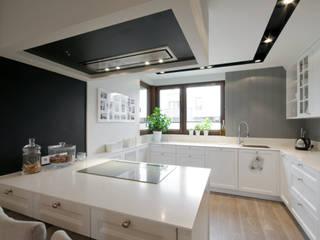 Dom w Falentach : styl , w kategorii Kuchnia zaprojektowany przez 3deko,