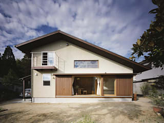 Eclectic style houses by 松デザインオフィス Eclectic