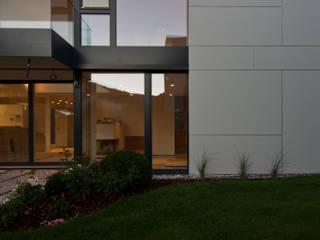 Einfamilienhaus RH:  Häuser von Bürogemeinschaft Stauder