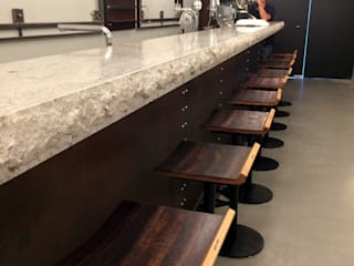 Ausstattung einer Bar und Verkostungraum:  Bars & Clubs von Gangl Interieur