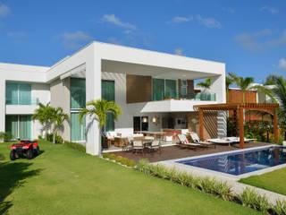 Casas modernas de Pinheiro Martinez Arquitetura Moderno