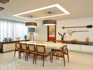 Comedores de estilo  por Pinheiro Martinez Arquitetura, Moderno