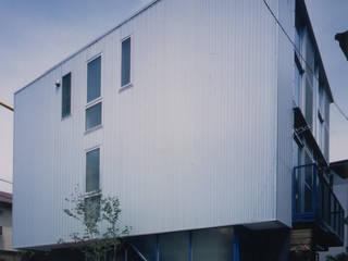 Modern houses by 原 空間工作所 HARA Urban Space Factory Modern