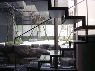 K seminar house: suz-sasが手掛けた廊下 & 玄関です。