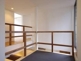(株)ハウスインフォ Modern Multimedya Odası