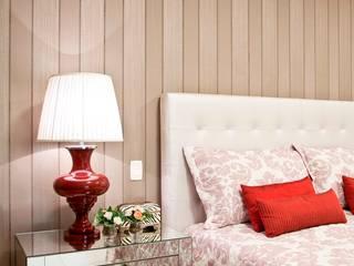 Dormitorios clásicos de Escritório de Arquitetura e Interiores Janete Chaoui Clásico