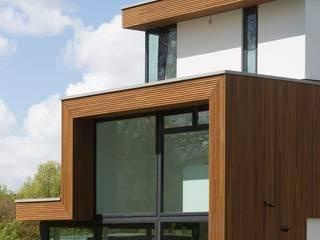 VILLA'S GELE LIS:  Huizen door HOYT architecten