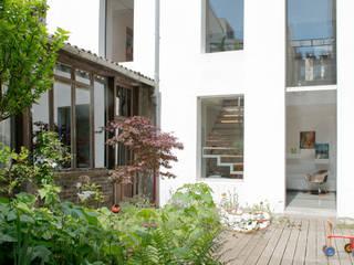 Projekty,  Domy zaprojektowane przez MELANIE LALLEMAND ARCHITECTURES, Nowoczesny