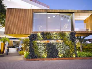 Casas de estilo moderno de Studium Saut Arte & Interiores Moderno
