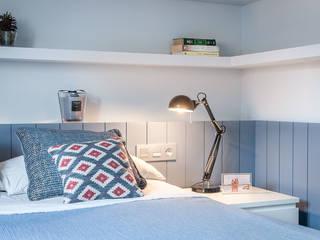 Apartamento 45m2 en el Ensanche de Bilbao Dormitorios modernos: Ideas, imágenes y decoración de Urbana Interiorismo Moderno