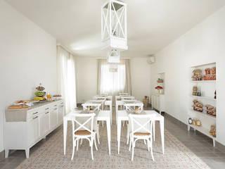 Hotéis mediterrâneos por UZone Design Mediterrâneo