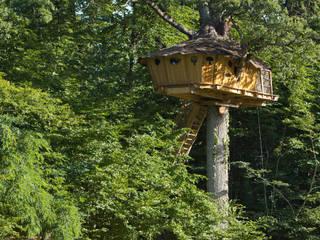 """La Cabane """"Vouvray"""" à 7m de hauteur:  de style  par Parc de Fierbois"""