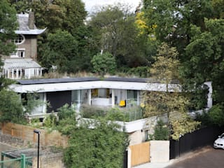 THE PAVILION ECO HOUSE BLACKHEATH 現代房屋設計點子、靈感 & 圖片 根據 E2 Architecture + Interiors 現代風
