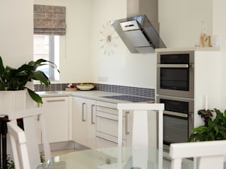 New build West Sussex UK Minimalist kitchen by At No 19 Minimalist