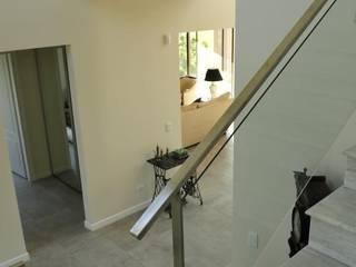 hall Pasillos, vestíbulos y escaleras modernos de Parrado Arquitectura Moderno