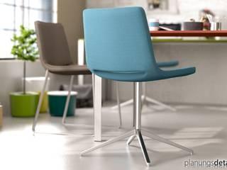 Stühle und Sessel: modern  von planungsdetail.de GmbH,Modern