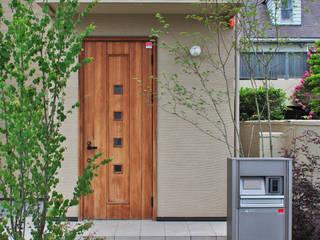 玄関前の小さな自然~市川市~ オリジナルな 庭 の 新美園 オリジナル