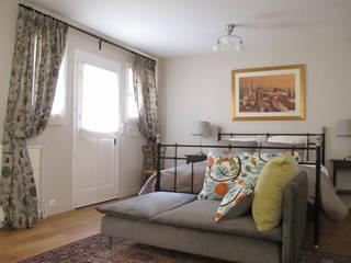 Feugeres Chambre originale par lara stancich interior design Éclectique