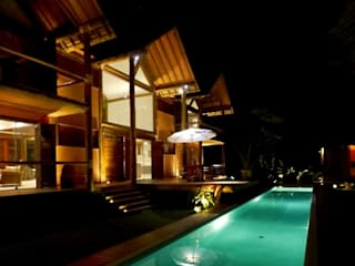 Pool by MM8 Arquitetura e Interiores, Country