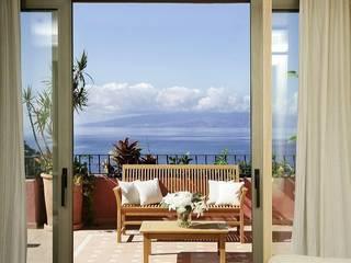 Śródziemnomorski balkon, taras i weranda od RAFAEL VARGAS FOTOGRAFIA SL Śródziemnomorski