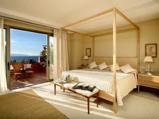 Śródziemnomorska sypialnia od RAFAEL VARGAS FOTOGRAFIA SL Śródziemnomorski